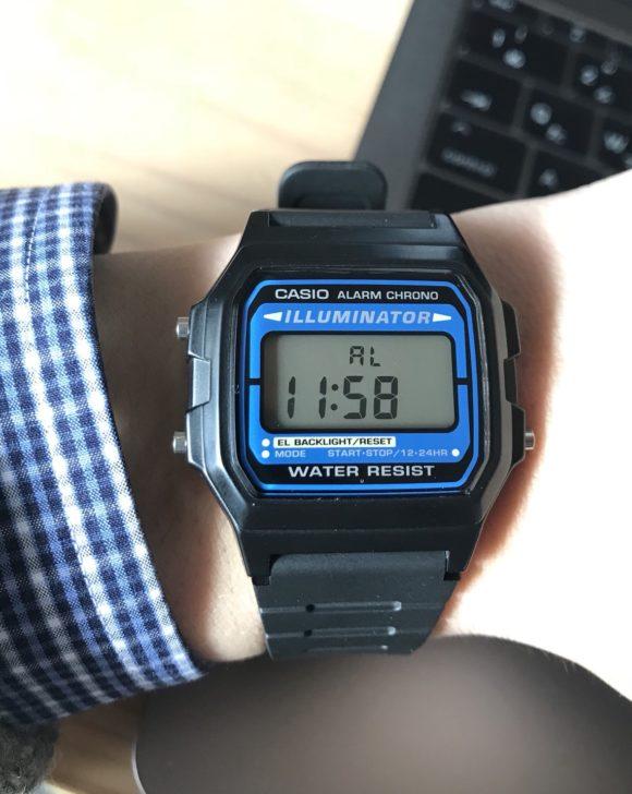 愛用のデジタル腕時計チープカシオ「F-105W-1A」6