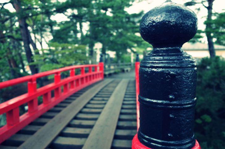 この橋は渡るのがちょっと怖い