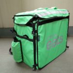 UberEats(ウーバーイーツ)の配達用緑バッグレビュー