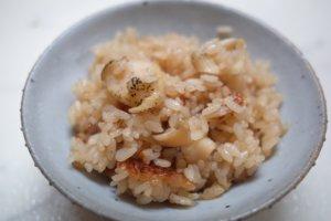 家飲みの締めに。貝だし香る「つぶ貝の炊き込みご飯」