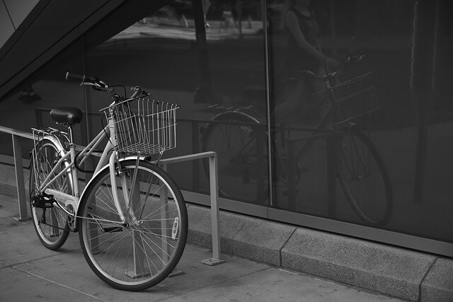 配達の駐輪料金は「自己責任」。UberEatsは負担できない